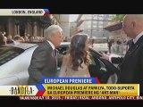 Michael Douglas at pamilya, todo-suporta sa European Premiere ng 'Ant-Man'