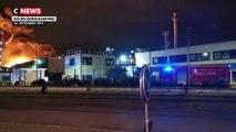 Les images de l'incendie dans une usine Seveso à Rouen