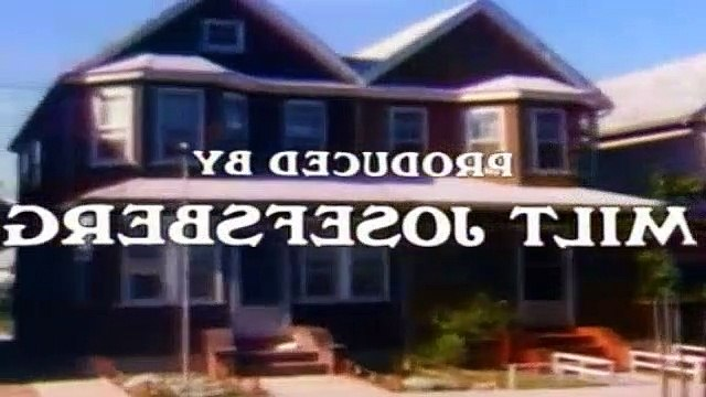All In The Family Season 9 Episode 1 Little Miss Bunker