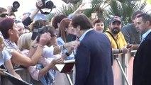 Javier Bardem y Laetitia Casta posan en la alfombra roja del Festival de San Sebastián