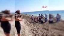 Çanakkale bozcaada'da sahilde kepçeyle çalışmaya tepki