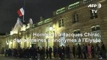 Foule d'anonymes à l'Elysée pour rendre hommage à Jacques Chirac