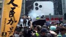 صدامات لليوم الثاني على التوالي في هونغ كونغ