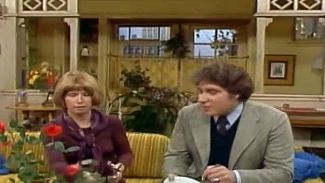 One Day at a Time Season 1 Episode 2 Chicago Rendezvous