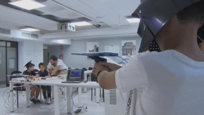 La noche de los investigadores enseña a jóvenes experiencias de ciencia ficción