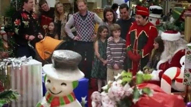 Modern Family Season 1 Episode 10 Undeck the Halls