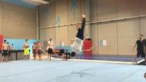 Incroyable : il réalise 20 saltos arrières sur une seule jambe