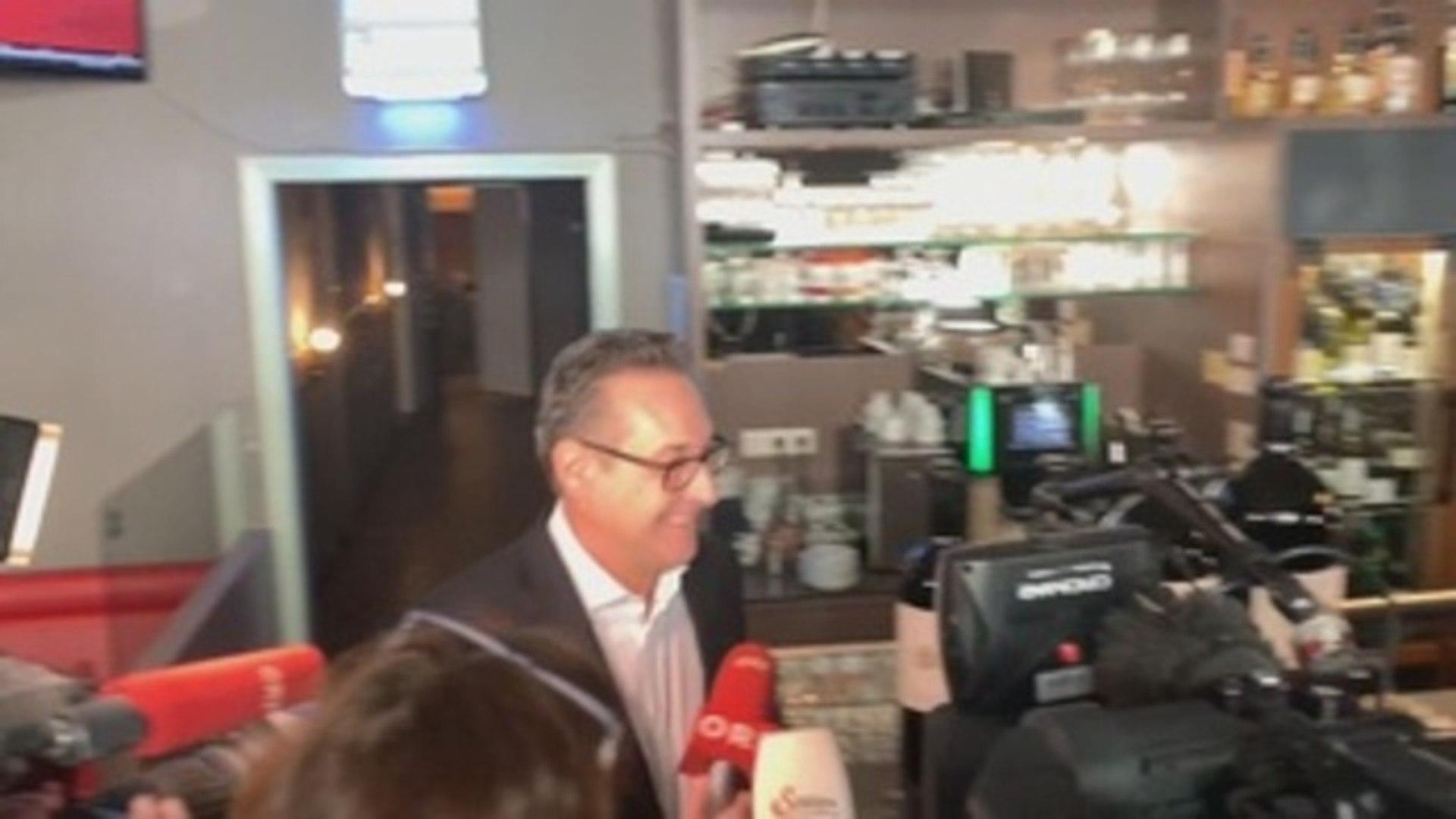 Ex líder ultra austríaco Strache deja el FPÖ y abandona la política