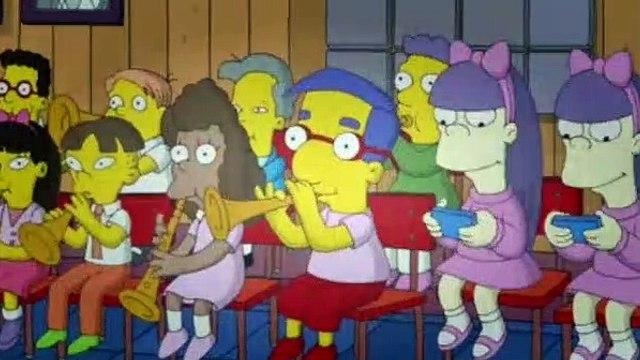 The Simpsons Season 24 Episode 16 - Dark Knight Court