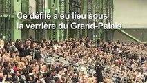 Mode: une intruse au défilé Chanel