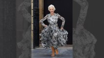 Helen Mirren, sublime et pieds nus pour L'Oréal!