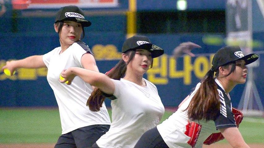 Teenager girl preparing for Sports University VS. Celebrity baseball player @,@!