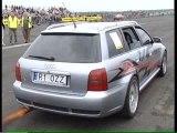 Audi RS4 - Brutal Acceleration (bang-bang!!!)