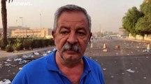 شاهد: العراقيون يتحدون حظر التجول وقوات الأمن تطلق الرصاص الحي والغاز المسيل للدموع