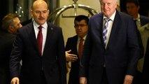 """Seehofer in Ankara: Flüchtlingsfrage """"gemeinsam lösen"""""""