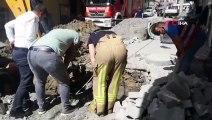 Esenyurt'ta toprak altında kalan işçi kurtarıldı