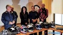 remise de 400 casques de motos par la Fédération française des motards en colère (FFMC) de l'Ain.