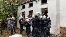 Occupation d'un bâtiment de l'UCLouvain: les squatteurs évacués de force par la police