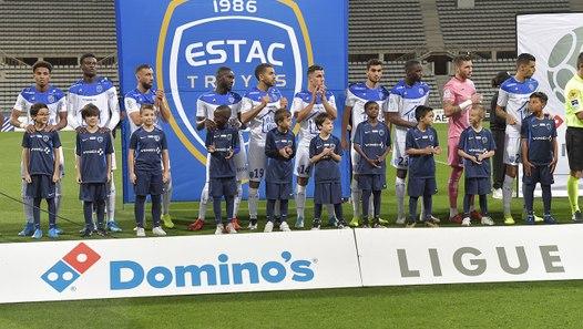 J10 Paris FC 1-0 ESTAC ⎥Résumé du match - Vidéo dailymotion