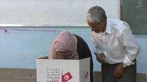فتح مراكز الاقتراع في الانتخابات التشريعية التونسية