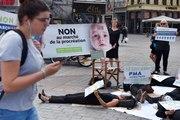Paris : manifestation des anti-PMA pour demander le retrait du texte