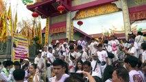 مهرجان ثقب الوجوه في تايلاند للتكفير عن الذنوب