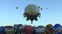Des centaines de montgolfières dans le ciel du Nouveau Mexique
