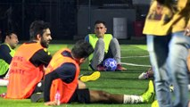 M S Dhoni, Arjun Kapoor, Dino Morea & Others Play Football Practice Match