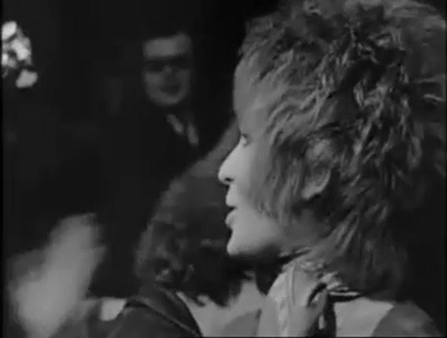 Brian Auger & the Trinity & Julie Driscoll - introduction + Save me 10-09-1968