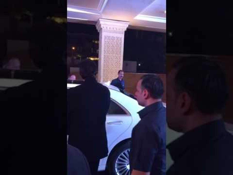 Amitabh Bachchan & Jaya Bachchan arrive at Neil Nitin Mukesh wedding reception   SpotboyE