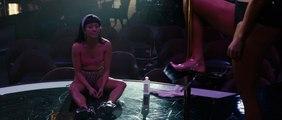 QUEENS - Extrait du film - Ramona (Jennifer Lopez)  et Destiny (Constance Wu)