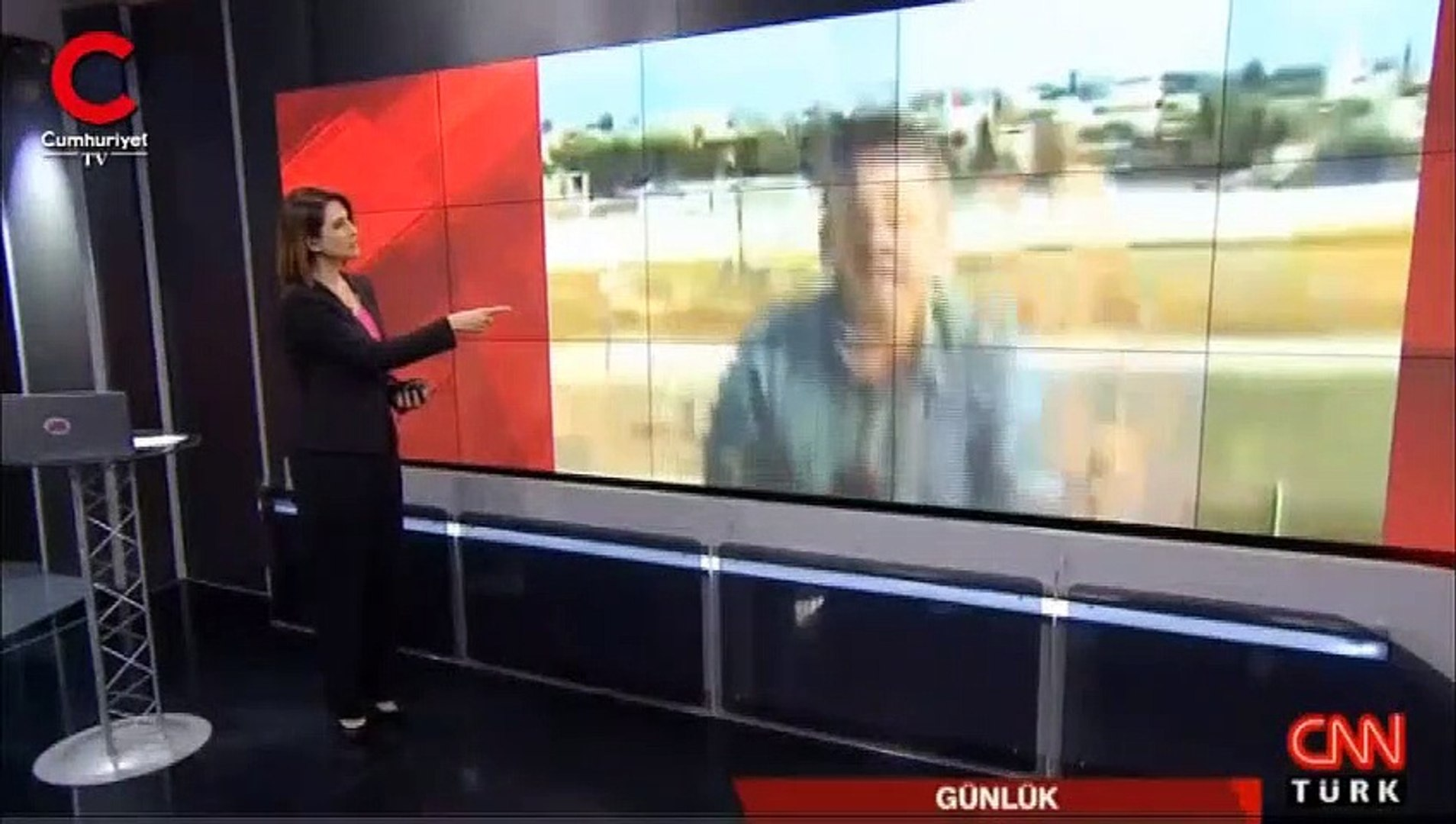CNN Türk'ün canlı yayınında patlama... Muhabir yerinde zıpladı