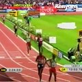 Eliud Kipchoge outsprints El Guerrouj to win gold at the 2013 World Championships