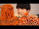 (SUB) ASMR NUCLEAR FIRE NOODLES CRAB LEGS Mukbang SEAFOOD EATING SOUNDS SHOW