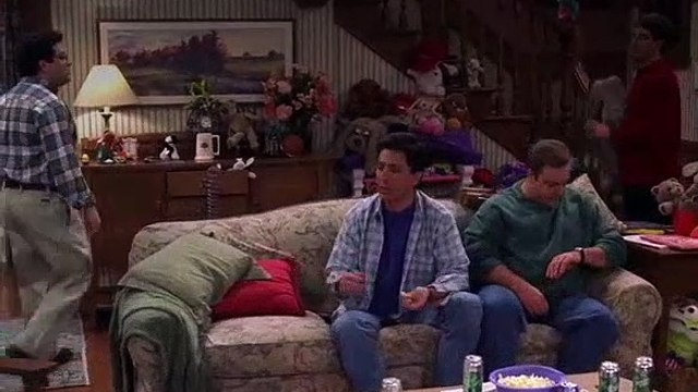 Everybody Loves Raymond S03E18 Ray Home Alone