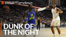 Endesa Dunk of the Night: Tarik Black, Maccabi FOX Tel Aviv