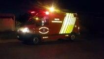 Garotinho de oito anos é socorrido após cair de bicicleta