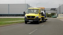 "Mercedes-Benz Sprinter, chassis (crew cab) Sprinter vehicle transporter ""Aluliner"""