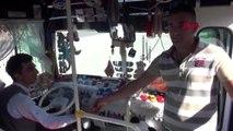 Osmaniye otobüsünü oyuncakçı dükkanına çevirdi