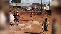 Grupo de 'motoboys' faz ação especial em prol de crianças carentes em Cascavel