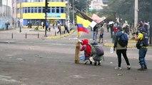 Toque de recolher e militarização em Quito