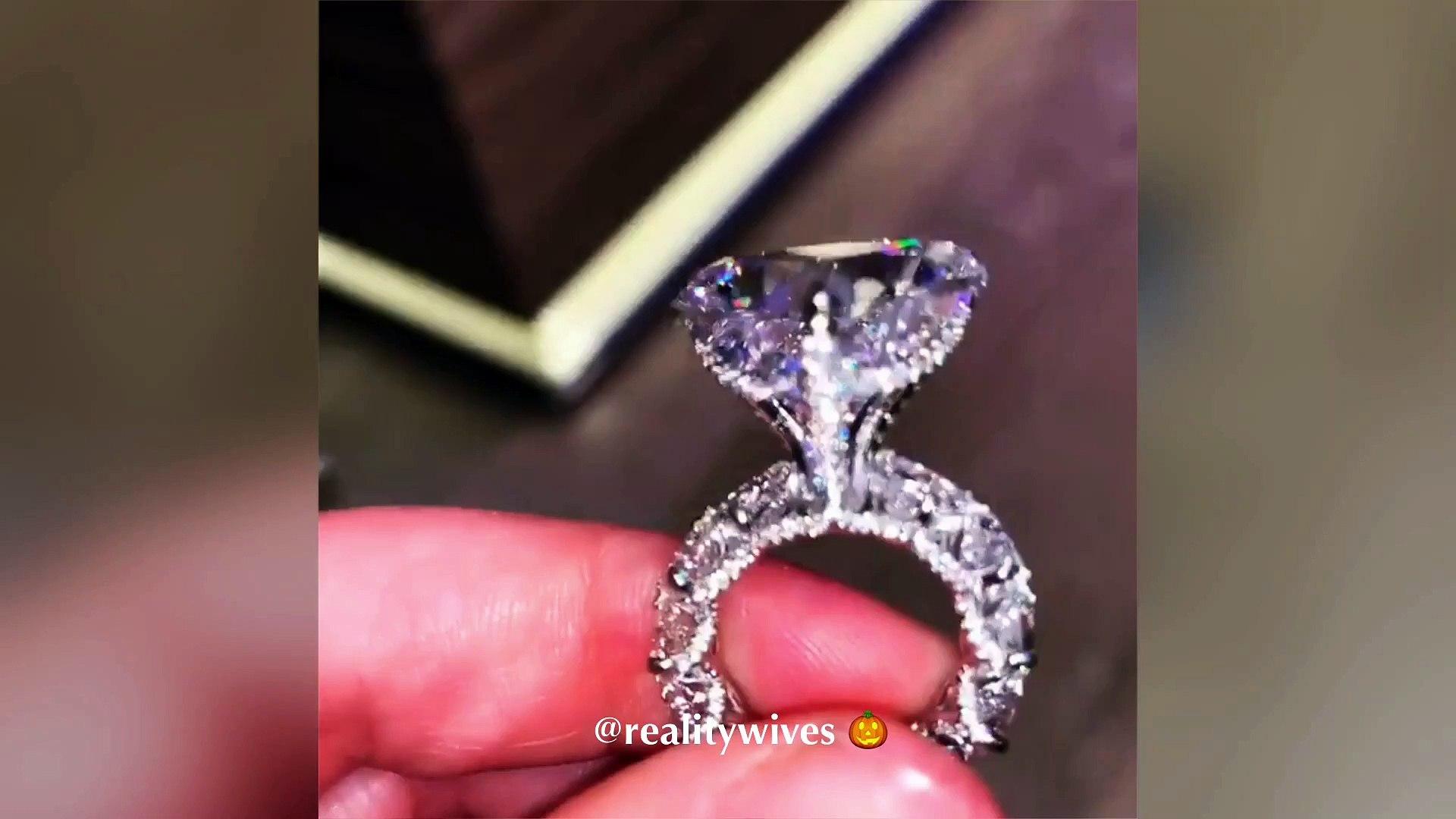 Cardi B S Birthday Diamond Rings Video Dailymotion