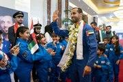 رد فعل رائد الفضاء الإماراتي هزاع المنصوري عقب عودته للأرض ورؤيته لوالدته