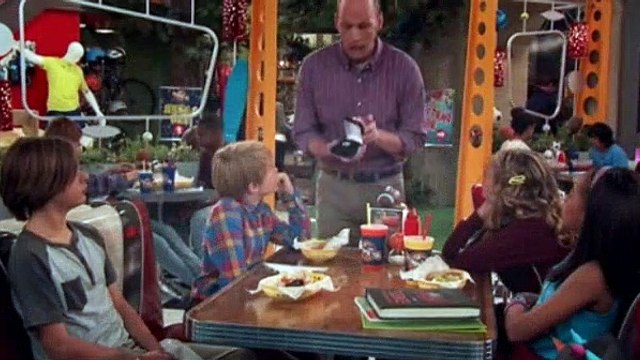 Nicky Ricky Dicky And Dawn Season 3 Episode 11 This Little Piggy Went to the Harpers