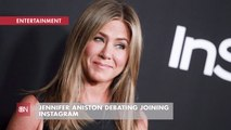 Jennifer Aniston Makes Social Media Decisions