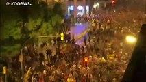 Catalogne : les manifestants indépendantistes tentent de bloquer l'aéroport de Barcelone