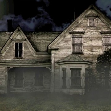 HAPPY HALLOWEEN - Haunted House Surprise