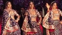 Bhumi Pednekar's crazy dance on ramp at Abu Jani-Sandeep Khosla show | FilmiBeat