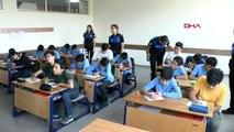 Adana öğrencilerden, mehmetçiğe asker selamlı moral mektubu