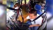 Un conducteur chinois reçoit une pierre en pleine tête